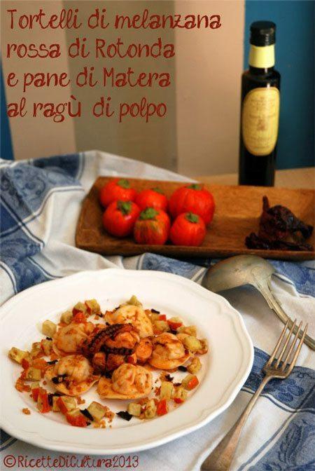 Tortelli-di-melanzana-di-Rotonda-e-pane-di-Matera,-al-ragù-di-polpo-con-briciole-croccanti-di-pane-e-peperone-di-Senise