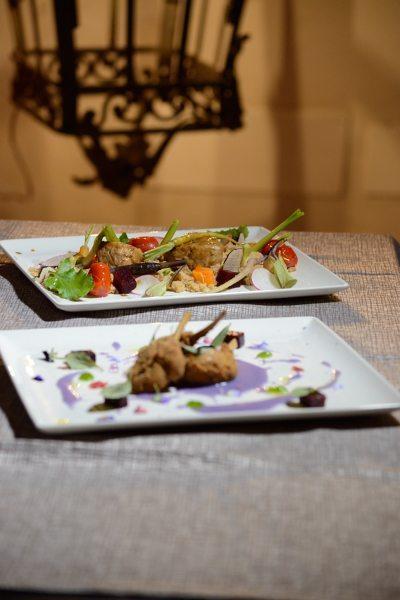 Agnello alla Villeroy,patata viola e rape rosse (1)