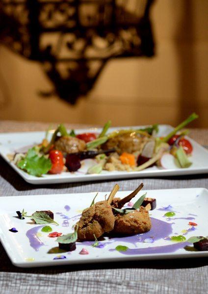 Agnello alla Villeroy,patata viola e rape rosse (2)