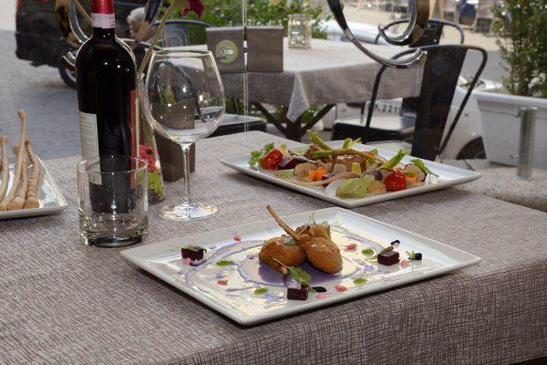 Agnello alla Villeroy,patata viola e rape rosse (3)