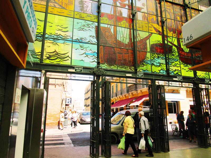 inside-Malaga-market