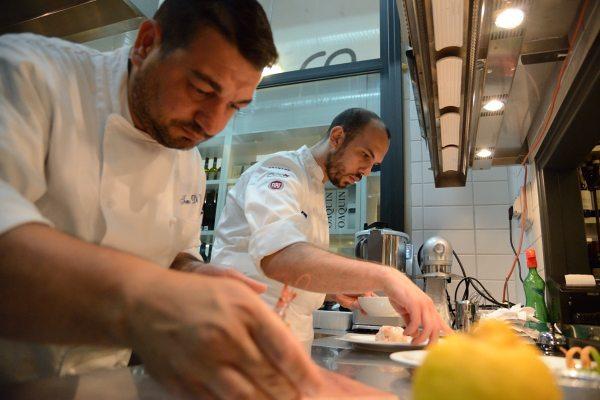 Risotto Carnaroli con gamberi di Mazara al profumo fresco di limone (5)