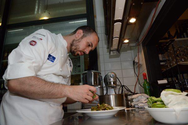 Zuppetta di cozze con fresella e peperoncini verdi di Fiume (5)