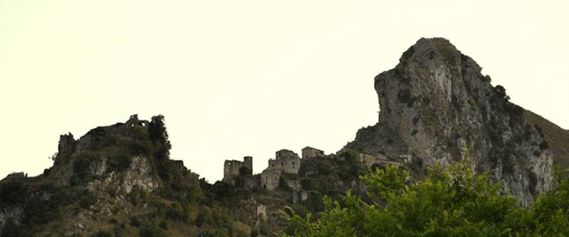 antico-borgo-disabitato-di-S