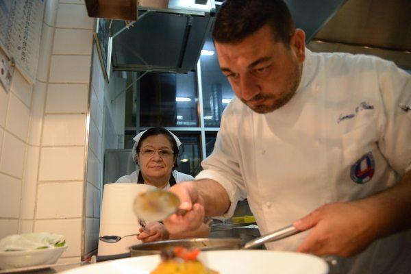raviolo di baccalà mantecato con olive capperi e pomodorini (6)
