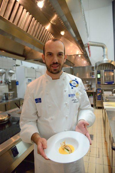 triglia alla parmigiana bianca con zucchine e provola su crema al pomodoro di Sorrento (6)