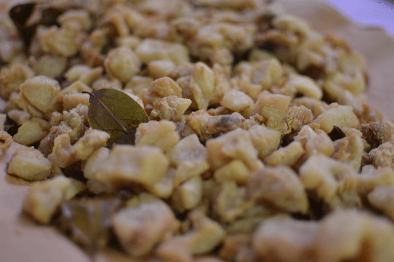 grasso-di-maiale-con-alloro