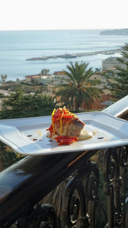 maialino con peperoncini all'aceto mosto cotto di aglianico e buccia di arancia