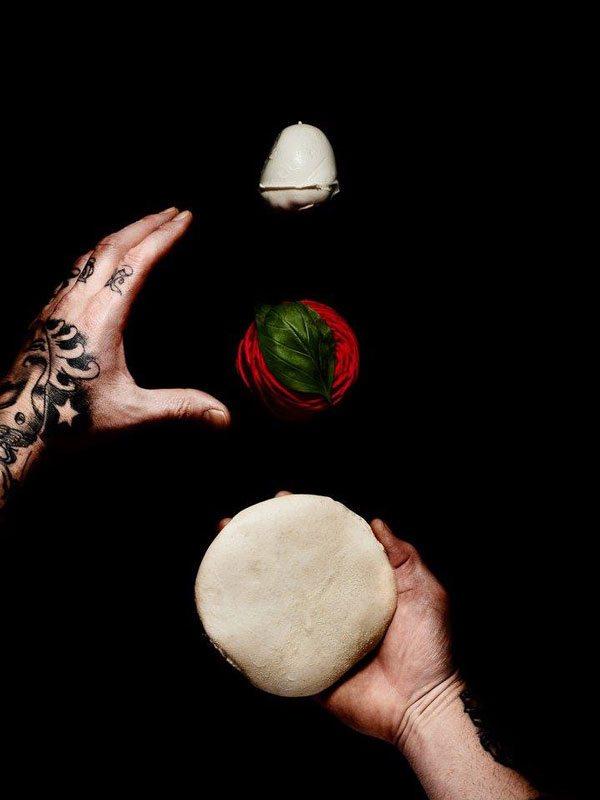 """Back to the basics"""" - alias ritorno alla sartorialità della pizza - Gennaro Nasti - Foto Varoli"""