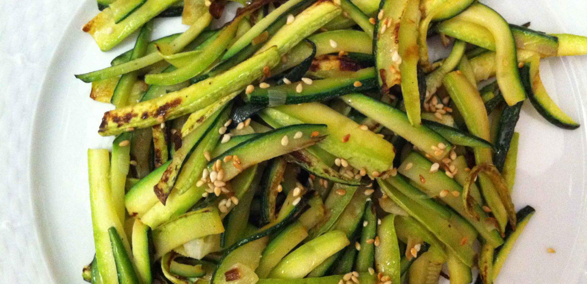 zucchine-con-olio-e-semi-sesamo_isaporidib