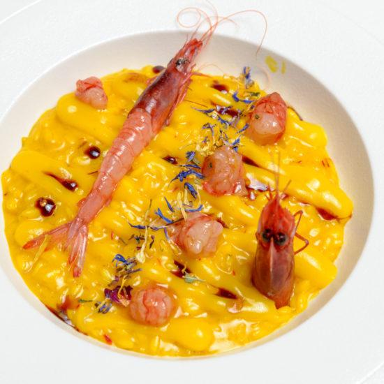risotto zafferano e gamberi rossi