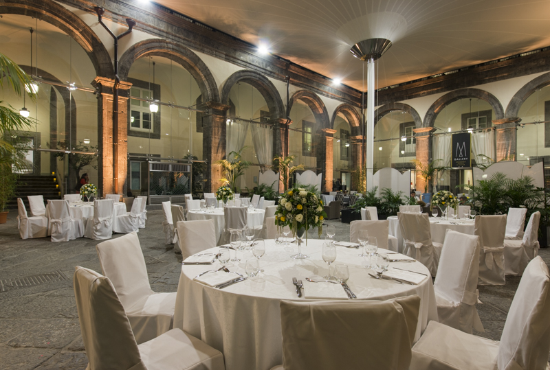 Cortile Palazzo Caracciolo