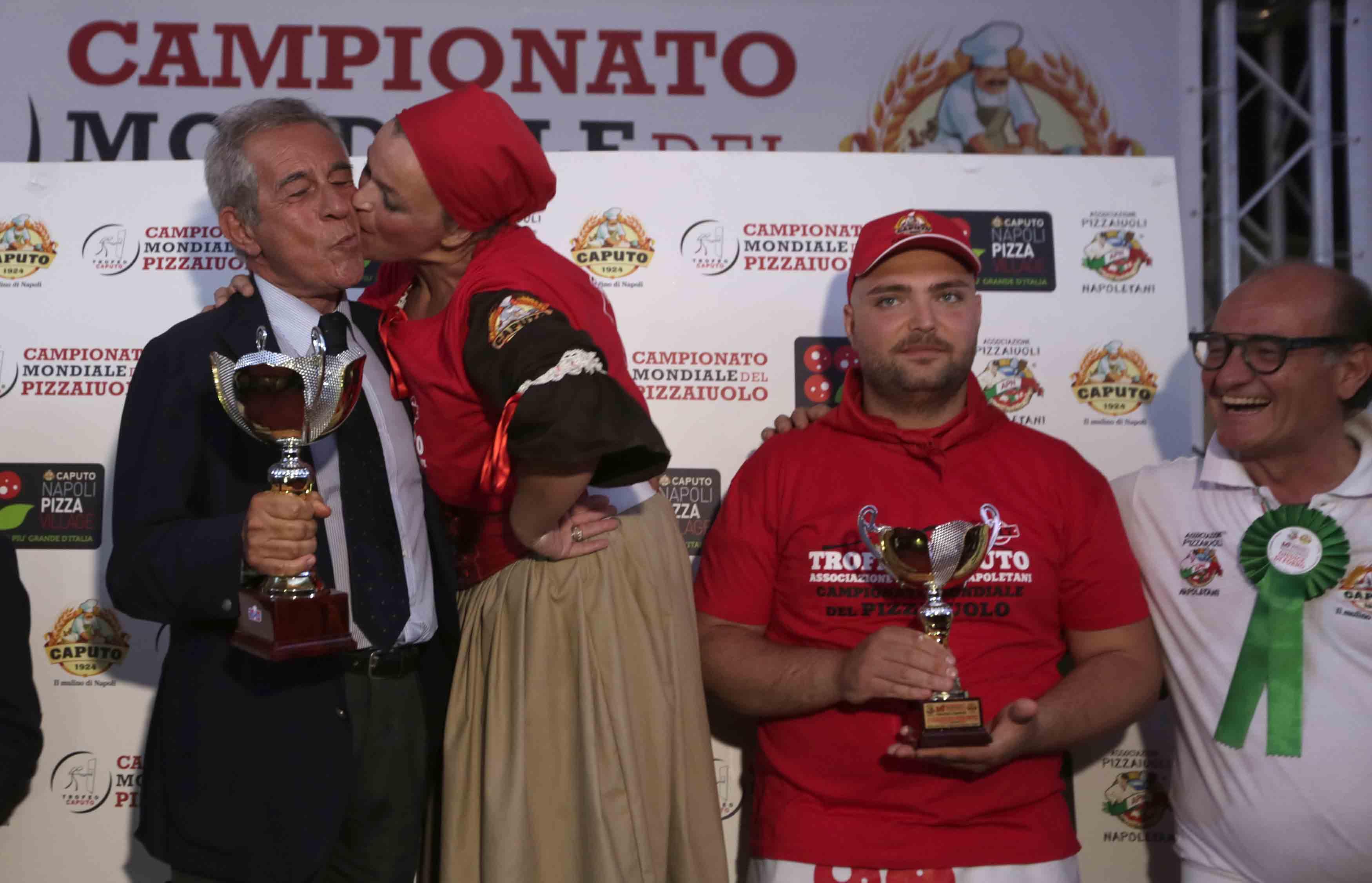 ampione del Mondo Trofeo Caputo Michele Leo