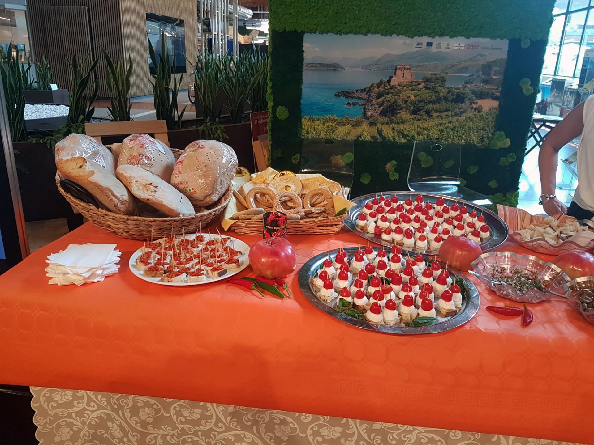 Pani di Calabria a Fico